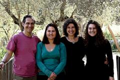 Marién, Javier, Paula y Candela, los fundadores del proyecto