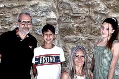 Raquel, Daniel, María y Karlos, la familia del escritor